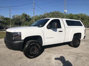 2011 Chevy Silverado V8 short bed regular cab hard to find 124k miles for Sale in Sarasota, FL