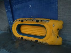 Inflatable row boat fishing boat fits 3 adults dingy boat for Sale in Anaheim, CA