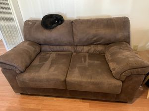Loveseat and Ottoman for Sale in Sacramento, CA