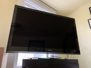 """Moving Sale! Samsung 46"""" TV with stand - LN46B750U1F for Sale in Silver Spring, MD"""