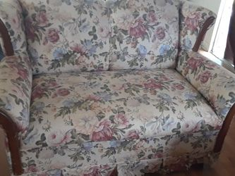 Loveseat for Sale in Valrico,  FL