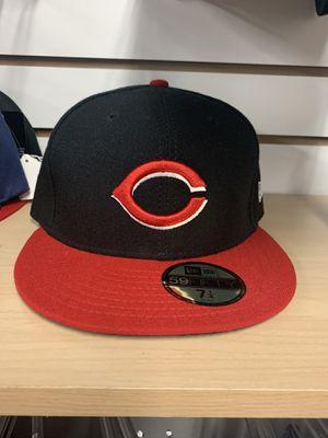 Hola les informamos que tenemos gorras para caballero originales y tenemos más modelos por si gustan venir a checar los esperamos en 4122 e chapman a for Sale in Orange, CA