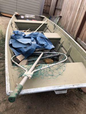 Jon boat 12ft. for Sale in Clovis, CA