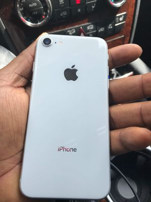 iPhone 8 64GB iCloud locked for Sale in Houston, TX