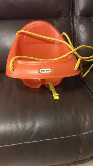 Little tikes baby swing for Sale in Palm Harbor, FL