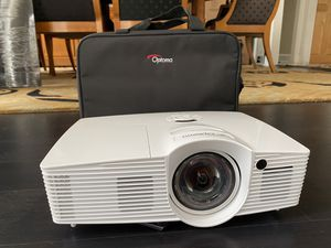 Optoma GT1080 Projector Bundle for Sale in Raleigh, NC
