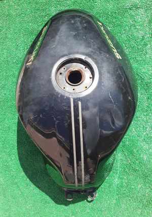 Suzuki Motorcycle Gas Fuel Tank *Needs Inside Cleaned* for Sale in Hallandale Beach, FL