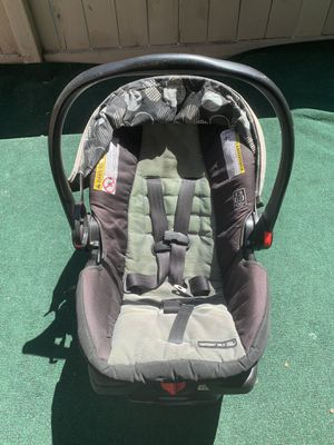 Graco Click Connect Car Seat & Base for Sale in San Diego, CA