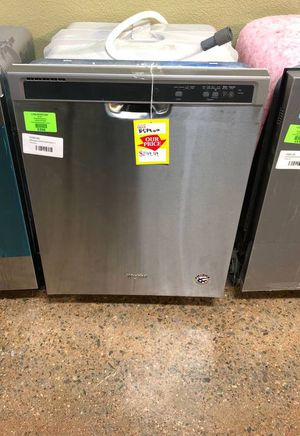 Brand New Whirlpool Dishwasher (Model:WDF520PADM) XDVS for Sale in Irving, TX