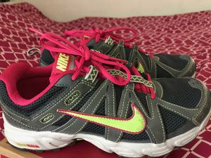 Nike shoes size 8.5 for Sale in Perris, CA
