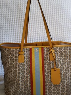 Tory Burch Tote Bag for Sale in Nashville,  TN