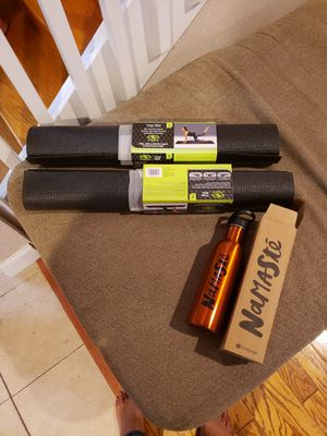 2 Brand new yoga mats, and Namaste stainless steel water bottle 25$ for Sale in Coral Springs, FL