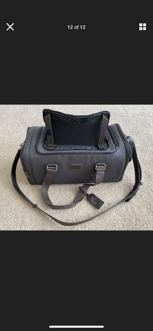 TUMI cloud 7 pet carrier for Sale in Fort Mill, SC