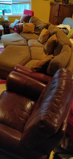 5 piece sectional couch and recliner for Sale in Redmond, WA