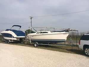 Hunter Sailboat 240 for Sale in Canyon Lake, TX