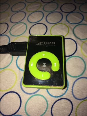 GRATIS CON CAMBIO//FREE WITH TRADE MINI-MP3 PLAYER for Sale in Phoenix, AZ