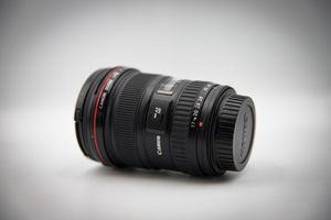 Canon 17-40mm f4L USM lens, near mint condition for Sale in Wheat Ridge, CO