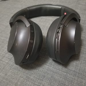 Sony Bluetooth Noise Canceling Headphones for Sale in Queens, NY