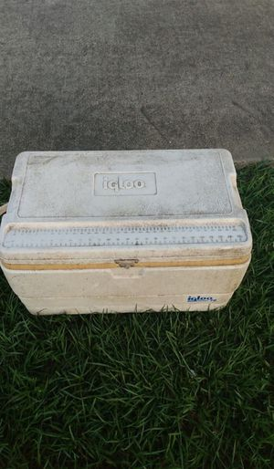Igloo cooler for Sale in San Leon, TX