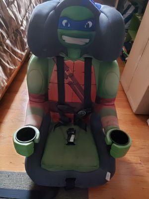 Toddler booster seat for Sale in Saint Clair Shores, MI