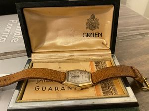 Vintage 1935 Gruen Gold Watch Leather Straps with Box for Sale in Stockton, CA