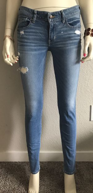 Hollister Jeans size 7 for Sale in Joint Base Lewis-McChord, WA