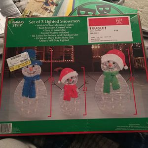 Holiday Style Set Of 3 Lighted Snowmen With 60 Clear Miniature Lights for Sale in Meriden, CT