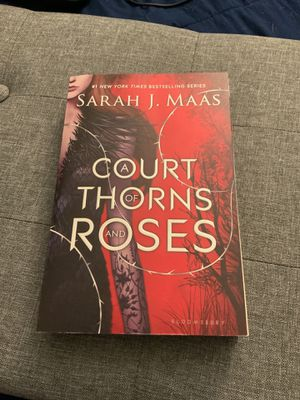 Court of Thorns and Roses (paperback) for Sale in Gibsonton, FL