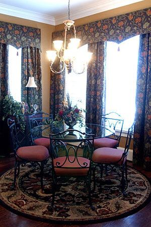 Writer and breakfast table glass top chairs recovered, there are six chairs I only show five excellent condition just use for show in the breakfast n for Sale in Tucker, GA