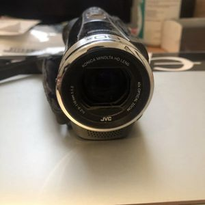 Jvc Camcorder Gz Ex310BU With Broken Replaceable Touch Screen for Sale in Harper Woods, MI
