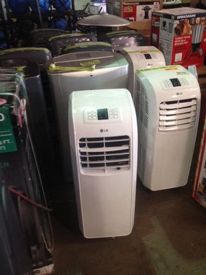 LG 8000 BTU air conditioner very cold for Sale in Phoenix, AZ