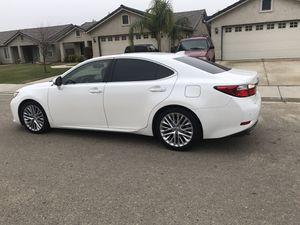 2015 Lexus ES350 $18000 obo for Sale in Dinuba, CA