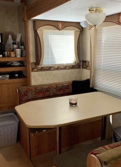 RV Dinette table & benches with storage area for Sale in Stockton,  CA