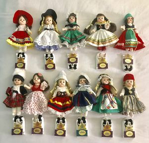 11 Vintage Dolls of all Nations Bookshelf Collectibles by Fisher Toys for Sale in Baldwin Park, CA