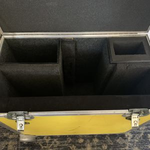 Monitor Hard Case for Sale in Los Angeles, CA