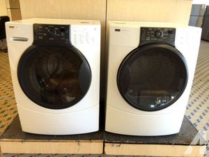 Front load washer dryer for Sale in Columbus, OH