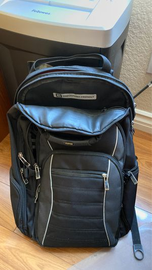 Ogio Technologic laptop backpack with separate cord organizer for Sale in Chino Hills, CA