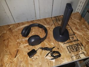 SONY MDR-RF985RK WIRELESS STEREO HEADPHONE SYSTEM FOR TV PC PHONE for Sale in Anaheim, CA