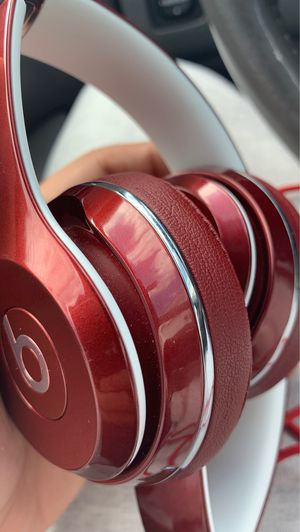 Solo Burgundy & White Beats for Sale in Pawtucket, RI