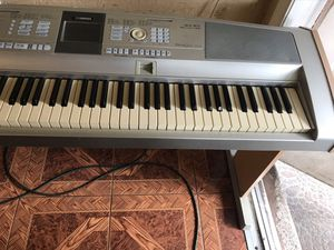 Yamaha Portable grand DGX 505 for Sale in Fort Lauderdale, FL