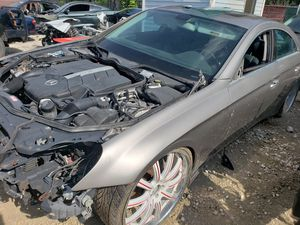 2008 Mercedes cls parts, good motor for Sale in Houston, TX