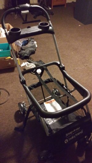 Snap-N-Go EX Universal Car Seat Carrier/Stroller for Sale in Westover, AL