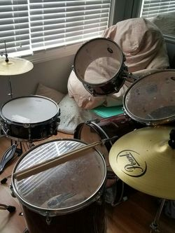 Sound Percussion 5 Piece Drum Set for Sale in Norcross,  GA