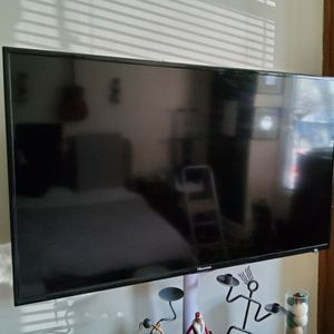 "Hisense 48"" TV for Sale in Jersey City, NJ"