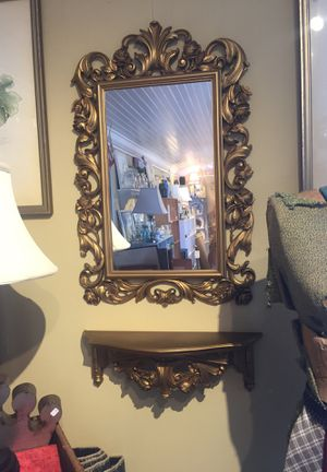 Plastic mirror and small shelf matching set, Vintage from the court, ornate gold, mirror bathroom vanity. Syroco American company New York 1969 for Sale in West Palm Beach, FL
