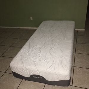 TWIN XL MATTRESS ICOMFORT for Sale in Tolleson, AZ