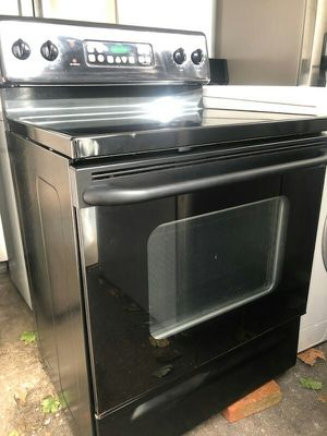 GE. Electric Stove for Sale in Johnston, RI
