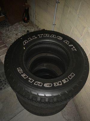 Hércules tires 265/70/16 for Sale in Lynwood, CA