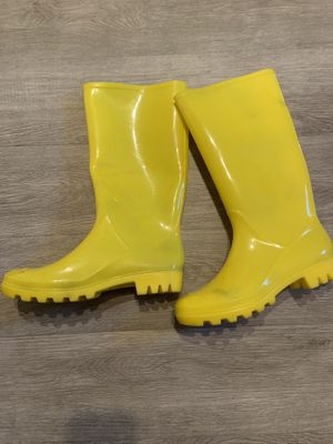 Yellow Rain Boots for Sale in Anaheim, CA