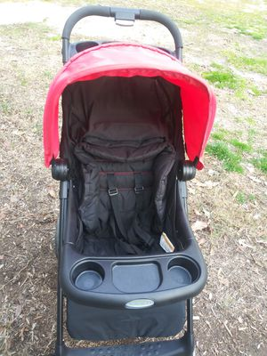 Graco stroller for Sale in High Point, NC